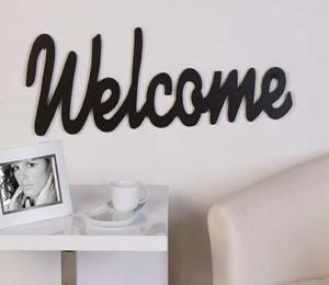 """Drevený nápis """"Welcome"""""""