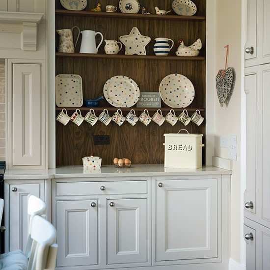 Kuchyna s tradicnym kredencom