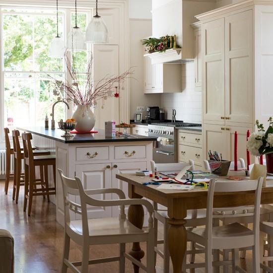 jemna kuchyska linka dubovy stol