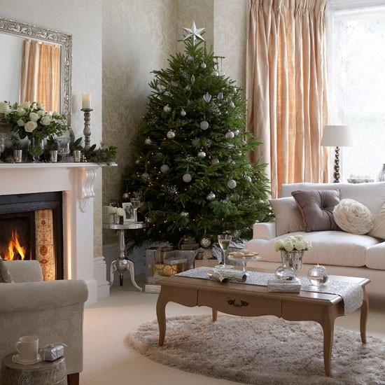 Vianocna obyvacka s francuzskym nabytkom