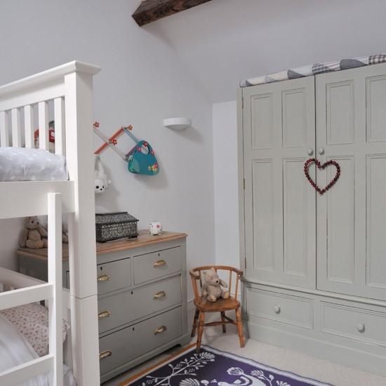Vidiecky nabytok v detskej izbe