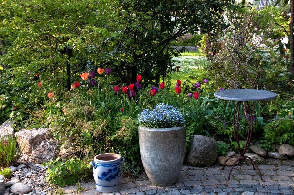Kvetinace a nadoby do exterieru